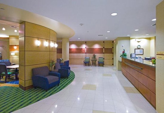 SpringHill Suites Savannah I-95 South: Lobby Front Desk