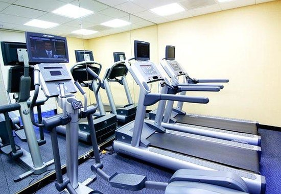 SpringHill Suites Fresno: Fitness Center
