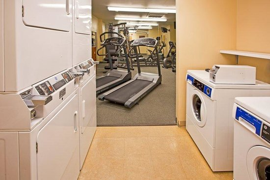 Candlewood Suites Destin - Miramar Beach: Laundry Facility