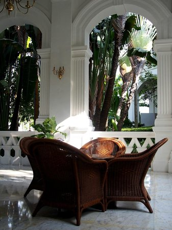 Raffles Hotel Singapore: One of the many verandas