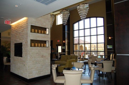 StayBridge Suites DFW Airport North: Guest Lounge