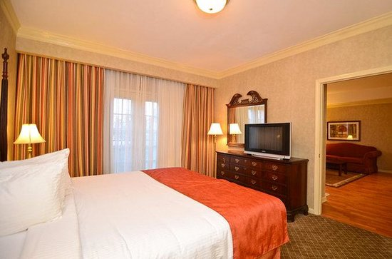 Brentwood, TN: King Guest Suite