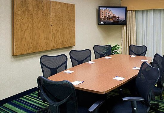 Overland Park, KS: Boardroom