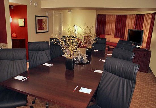 Residence Inn Sacramento Downtown at Capitol Park : Hospitality Suite