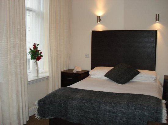 The Sandyford Hotel: Double Room