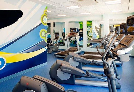 Fairfield Inn &amp; Suites Orlando at Seaworld: Fitness Center