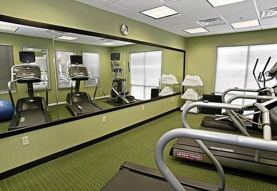 Fairfield Inn &amp; Suites by Marriott - Kingsland: Fitness Center