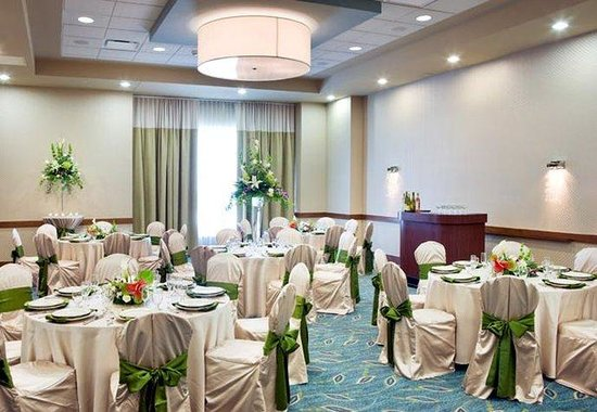 SpringHill Suites Las Vegas Convention Center: Ballroom - Wedding Set Up