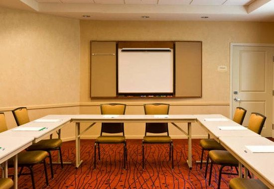 Moline, IL: Meeting Room