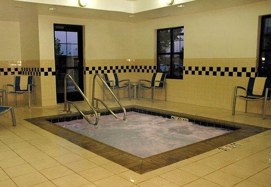 Roseville, CA: Indoor Spa