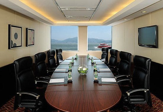 Hong Kong SkyCity Marriott Hotel: Business Centre Boardroom