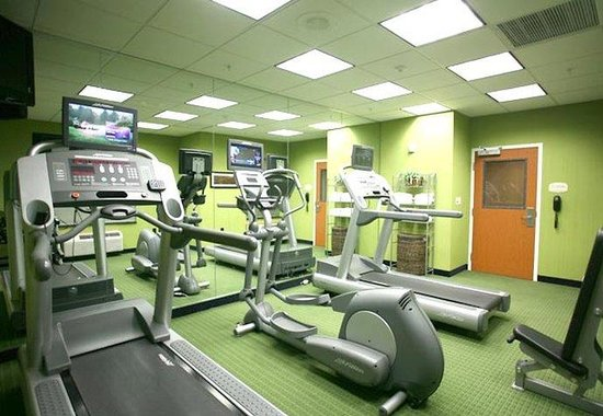 Fairfield Inn &amp; Suites by Marriott Lakeland / Plant City: Fitness Center