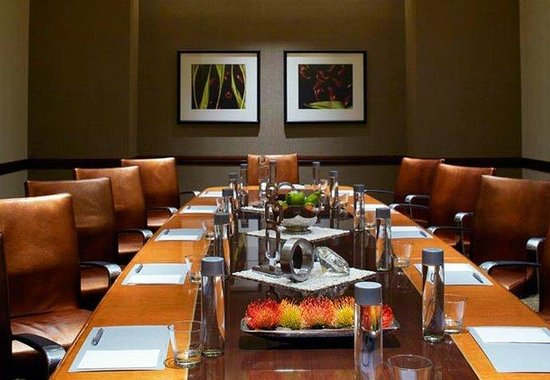 Renaissance Atlanta Midtown Hotel: Woodruff Boardroom