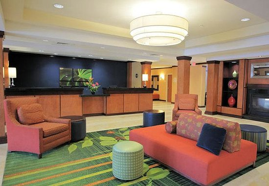 Fairfield Inn & Suites St. Augustine: Lobby