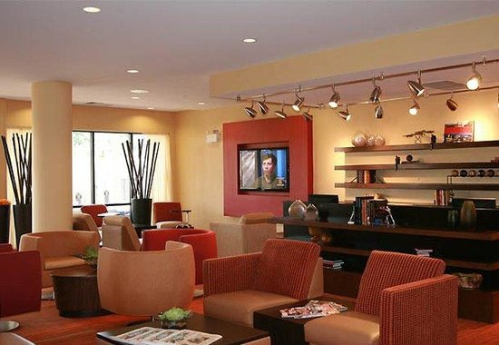 Courtyard by Marriott Statesville: Theatre