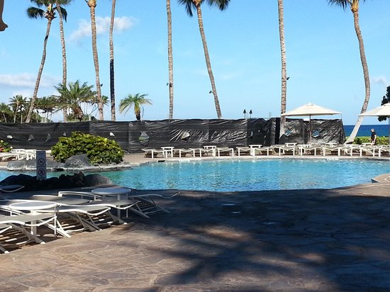The Fairmont Orchid, Hawaii: View from pool deck