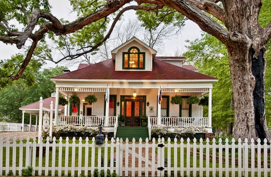 Jefferson, Τέξας: Front view of the White Oak Manor B&B