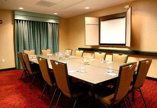 Residence Inn by Marriott Birmingham Downtown at UAB: Meeting Room