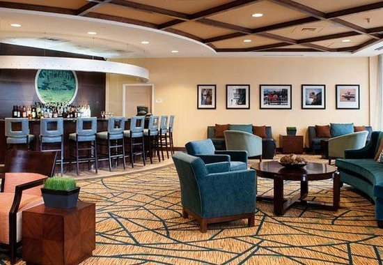 Residence Inn Portland Downtown / Waterfront Hotel: Shipyard Lounge