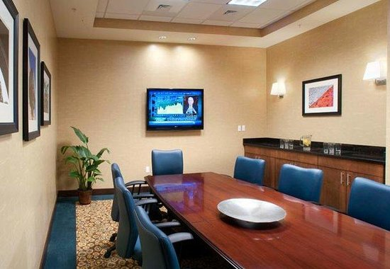 Residence Inn Portland Downtown / Waterfront Hotel: Chebeague Boardroom