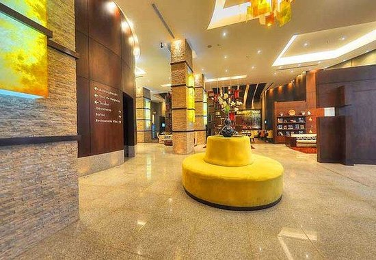 Courtyard By Marriott Guayaquil: Lobby