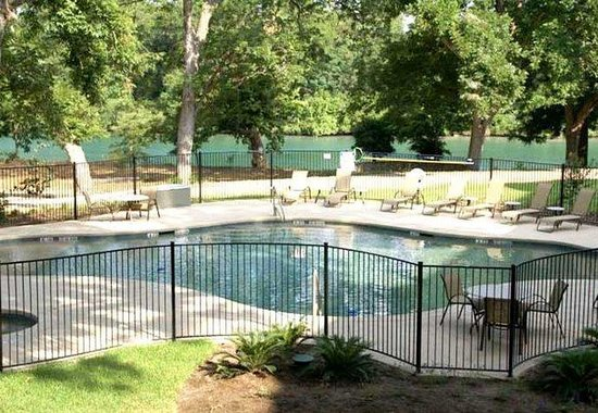 Courtyard by Marriott New Braunfels River Village: Outdoor Pool