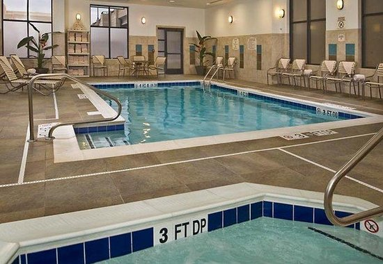 Springfield, VA: Indoor Pool &amp; Whirlpool