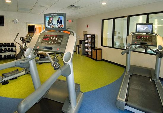 SpringHill Suites San Antonio Airport: Fitness Room