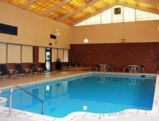 Jamestown, NY: Pool