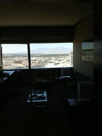 Vdara Hotel & Spa: large panoramic windows