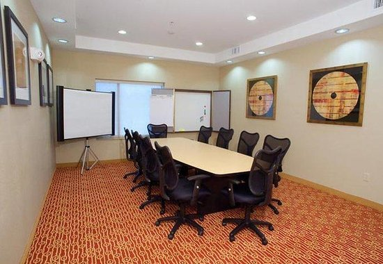 ‪‪TownePlace Suites Dallas DeSoto/Duncanville‬: Boardroom‬