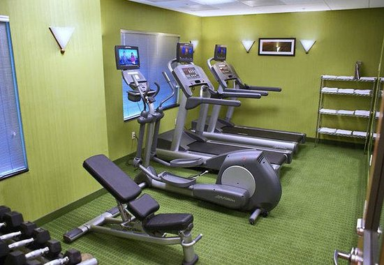 Kingsburg, CA: Fitness Room