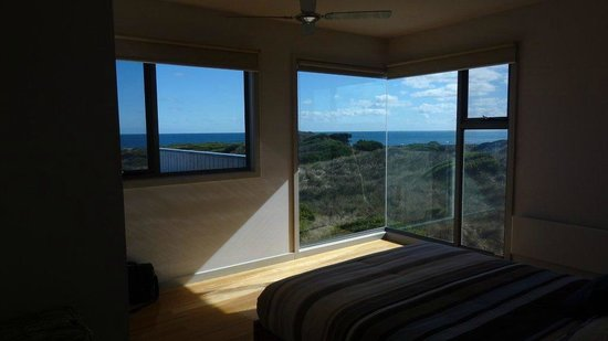King Island, Australia: Porkys Beach House