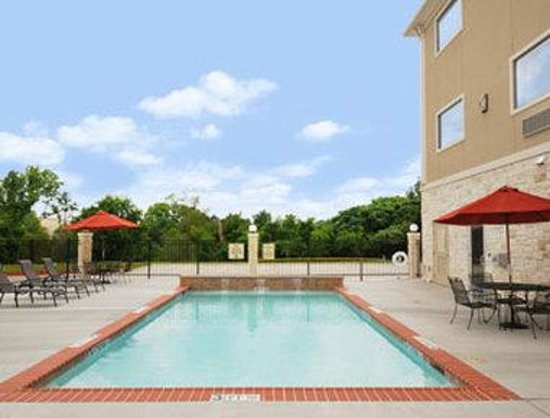 College Station, : Pool