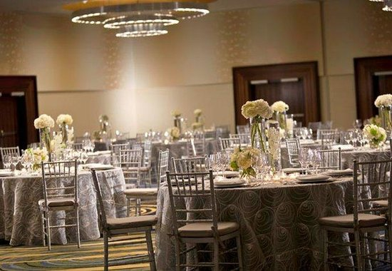 Renaissance Arlington Capital View Hotel: Weddings & Special Events
