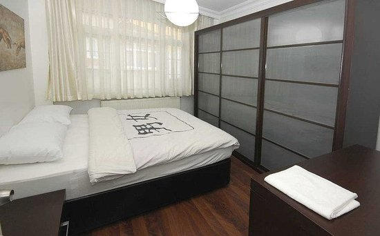 Hot Suites Taksim: Flat with 2 Rooms & a Lounge