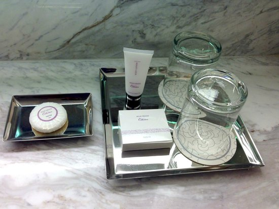 MGM Grand Hotel and Casino: Bathroom amenities