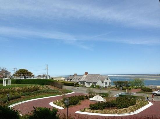 Chatham Bars Inn Resort and Spa: nice view from lunch!