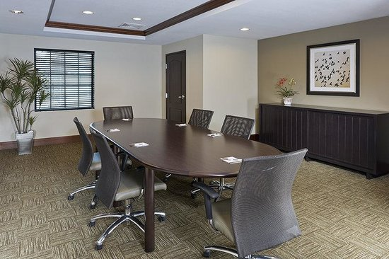North Wales, PA: Board Room