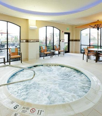 Cheektowaga, NY: Indoor Spa