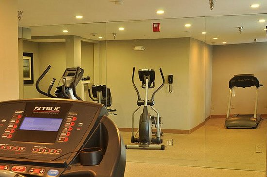 Holiday Inn Express San Diego Sea World - Beach Area: Hotel Fitness Center