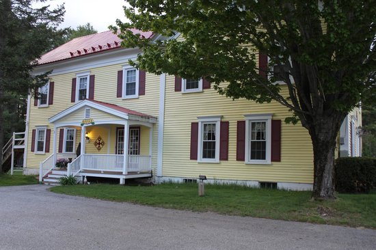 Bethel, ME: Main Building at The Inn at the Rostay