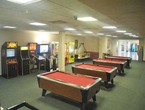 Ramada Inn Lancaster: Game Room