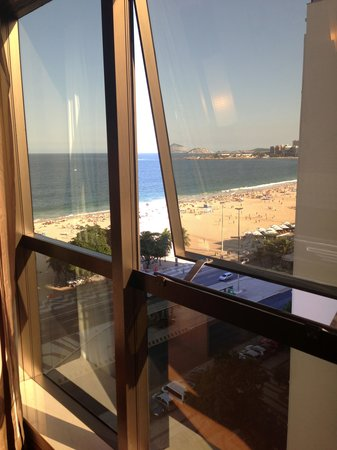 Arena Copacabana Hotel: Beach view from 10th floor room