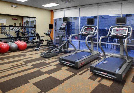 Courtyard by Marriott Boone: Fitness Center