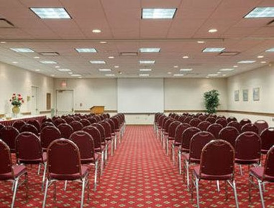 Zanesville, OH: Meeting Room