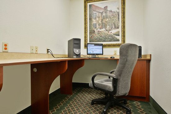 Lake Charles, LA: Business Center