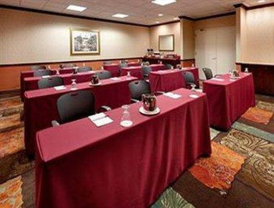 Holtsville, NY: Meeting Room
