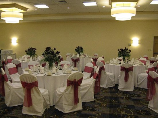 Crowne Plaza Boston Woburn: Weddings are our specialty