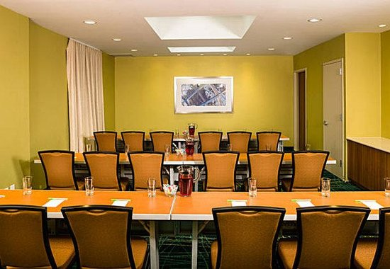 Corona, NY: Vision Meeting Room